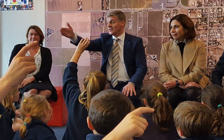 BilL english talks to schoolkids at Springlands Primary in Blenheim.