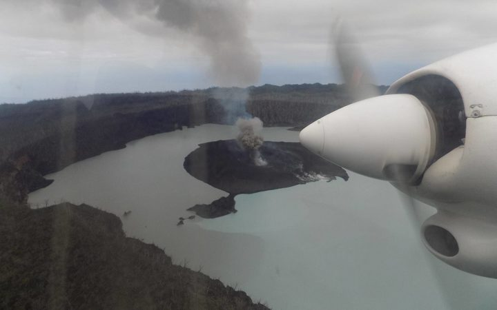 Erupting volcano forces 6000 evacuations on Vanuatu