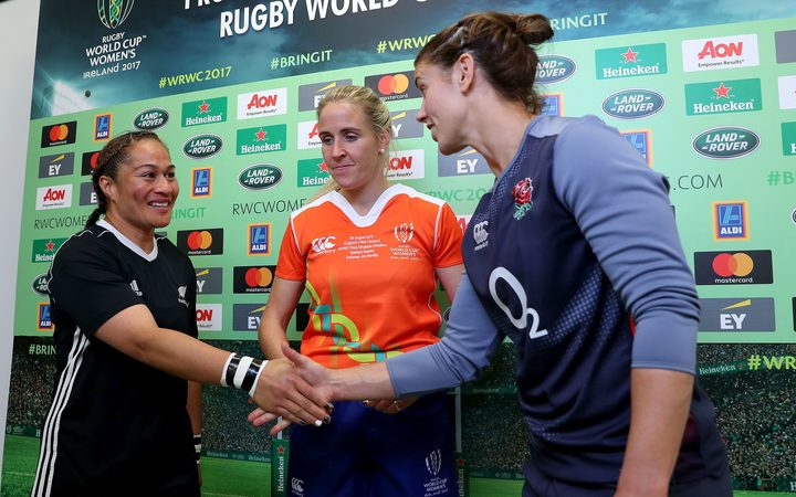 2017 Rugby World Cup final, Black Ferns captain Fiao'o Faamausili, referee Joy Neville and England captain Sarah Hunter.