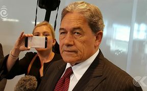 Peters speaks to National & Labour leaders for first time since election