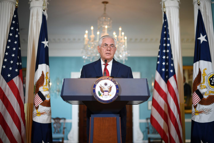 US Secretary of State Rex Tillerson denied he had considered resigning from Donald Trump's cabinet.