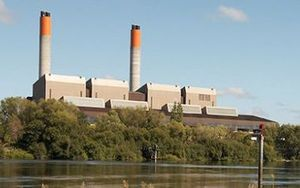 Genesis Energy Huntly Power Station is a thermal power station that can use coal, gas or both simultaneously as fuel.