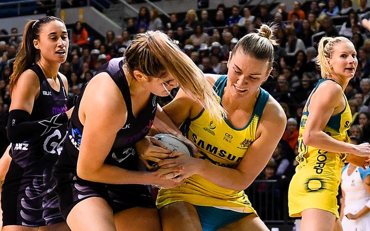 Te Paea Selby-Rickit of the Silver Ferns and Courtney Bruce of the Diamonds fight for the ball during the Constellation Cup 2017.