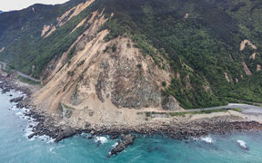 Damage from the Kaikoura earthquake as seen from a helicopter