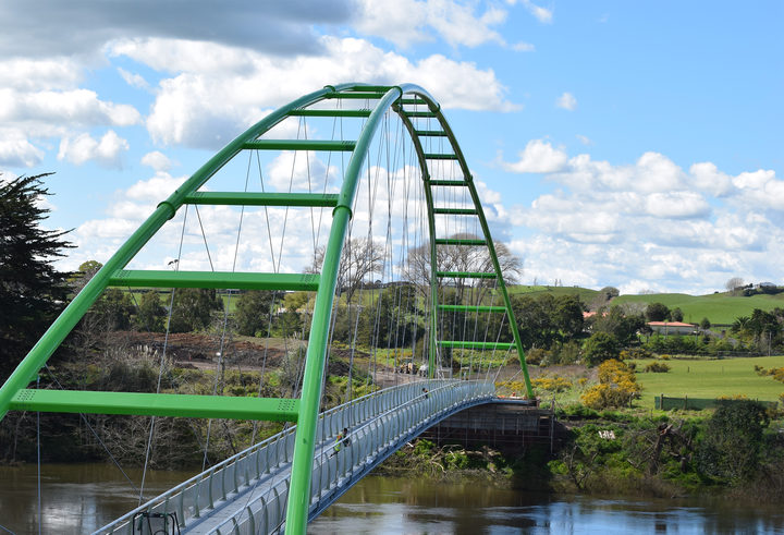 Te Awa Cycle Bridge