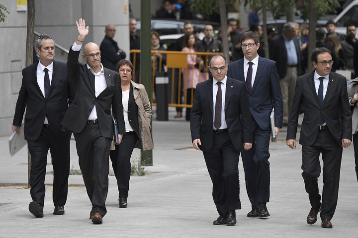 Former ministers in the deposed Catalan  government arrive at court.