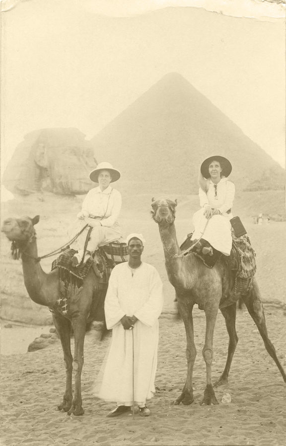 Dr Agnes Bennett (left) of Wellington in Egypt, 1915, when she became the first woman doctor to work with a British military medical unit - with the New Zealanders in Cairo.