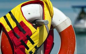 Wearing lifejackets on small boats is likely to be compulsory in the Auckland region from next summer.