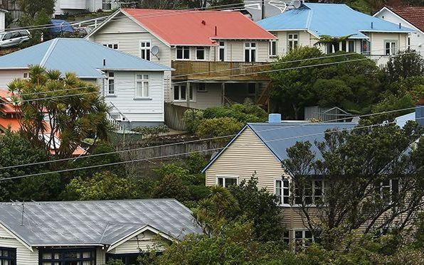 Foreign investors make up a small proportion of house buyers, so are not pushing up house prices - Housing Minister Nick Smith.