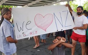 A banner from 104th day of protest on Manus Island, 12-11-17.