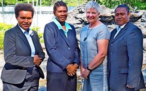 Constable Linny David, Constable Merelyn Matiunga, New Zealand High Commissioner Sue Mackwell and Constable Bobona