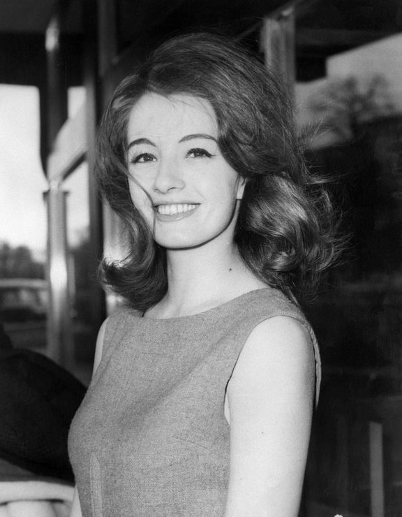 Christine Keeler, former model at heart of Profumo affair, dies at 75