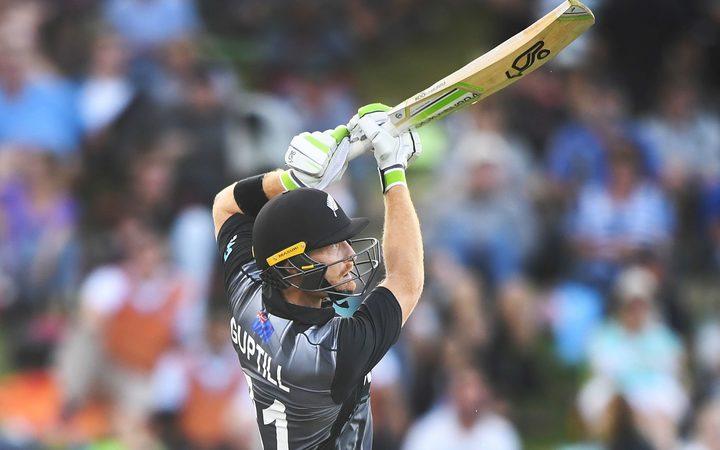Black Caps choose to bat in fifth ODI