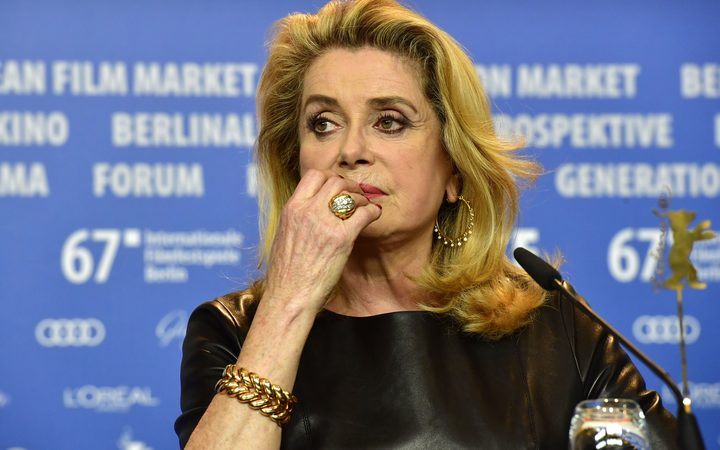 Deneuve denounces #MeToo campaign, defends men's right to 'seduce'