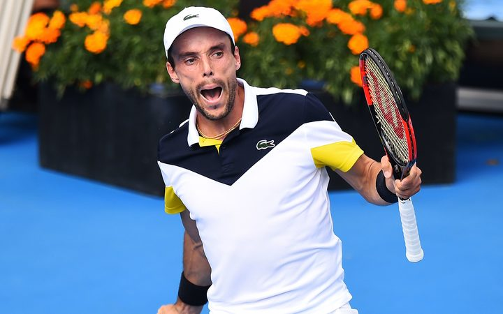 Bautista Agut edges Del Potro in Auckland final