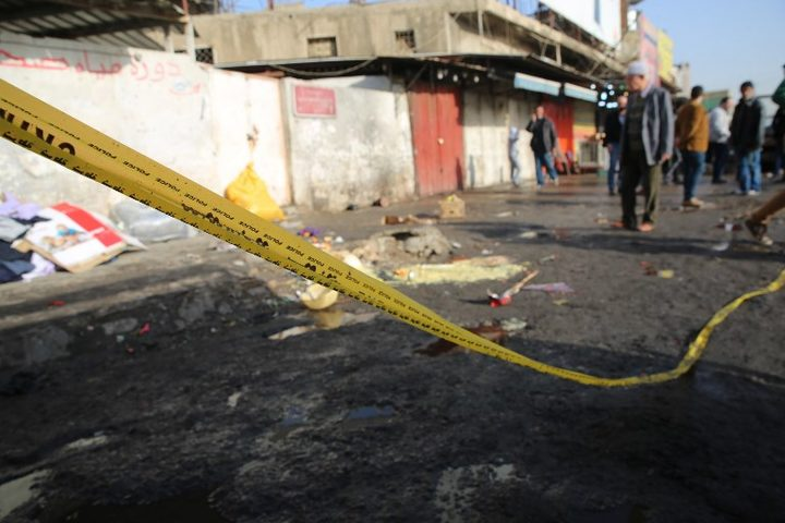 6 killed in twin bomb blasts in Iraq