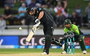New Zealand's Colin de Grandhomme batting.