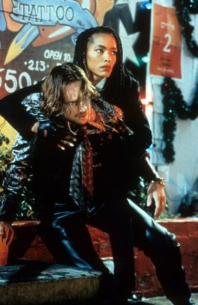 Ralph Fiennes and Angela Bassett in Strange Days.
