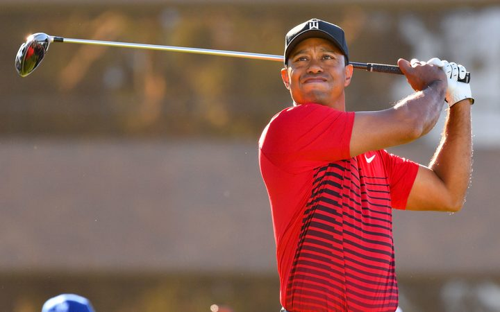 Noren takes 1-shot lead at Torrey Pines; Tiger scrambles to 70