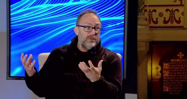 Wikipedia founder Jimmy Wales slammed Facebook's new strategy in a CNBC debate at Davos.