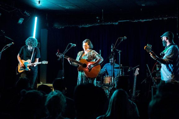 Anika Moa and band at The Kings Arms