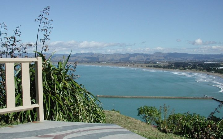 A view over Poverty Bay, or Tūranganui-a-Kiwa, from Kaiti Hill lookout in Gisborne.
