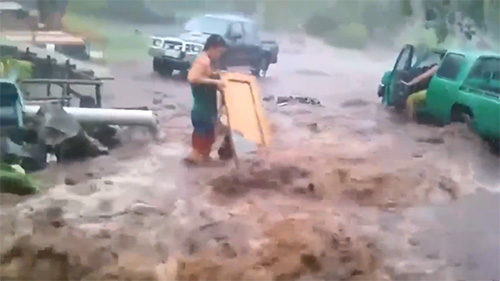 Screenshot from a video on Facebook of floodwater on Savai'i.