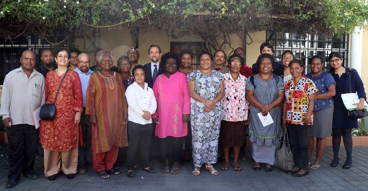 UN High Commissioner for Human Rights, Zeid Ra'ad Al Hussein, meeting with civil society in PNG
