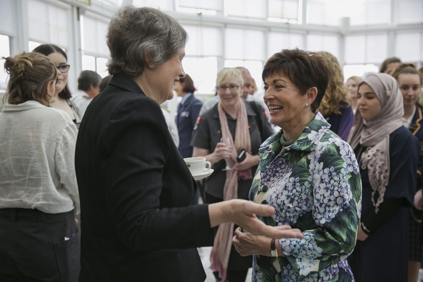 Helen Clark speaks to Dame Patsy Reddy.