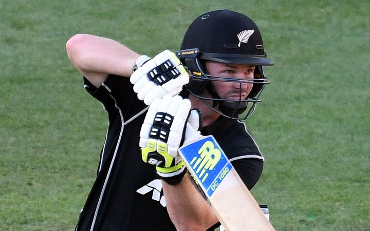 New Zealand 223 all out in 5th ODI vs. England