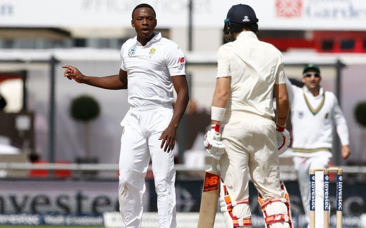 Hashim Amla wary of reverse-swing as South Africa edge ahead