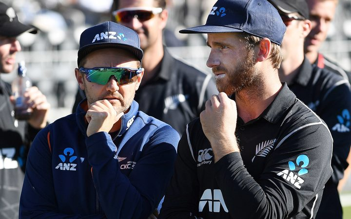 Mike Hesson and Kane Williamson.ponder the series loss to England.