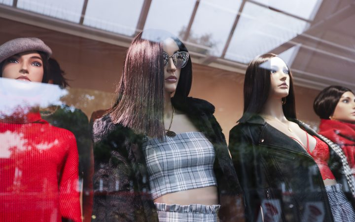 Glassons' mannequins.