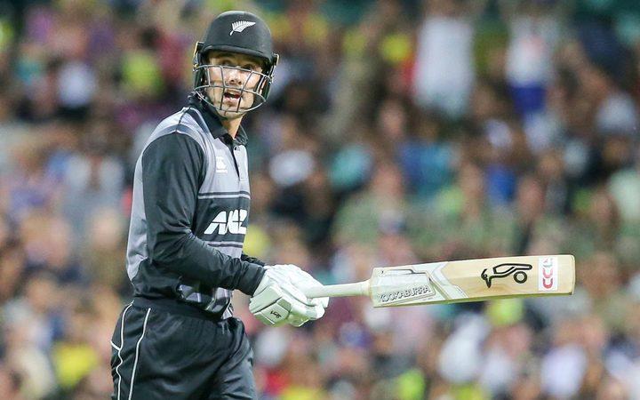 Nwe Zealand板球运动员Tom Blundell