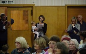 A Lumsden mother speaking at the public meeting last night.