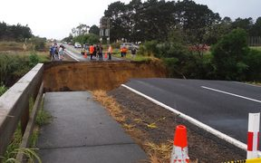 The washed out road south of Pukenui between Whalers Road and Lamb Road.