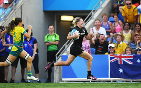Kelly Brazier scores the winning try.