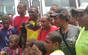 The PNG Hunters visted Bomana Primary School to campaign against violence.