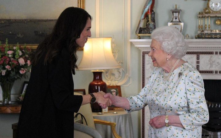 Prime Minister Jacinda Ardern meets the Queen of England in a private audience.