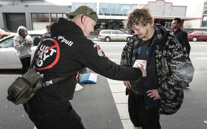 Dannevirke vs P: Battle hits the streets | RNZ News