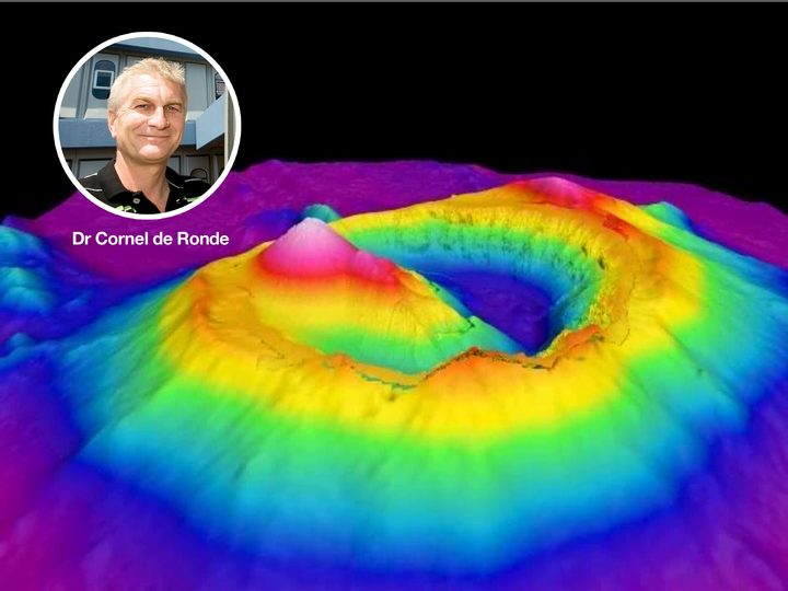 Voyage co-leader Cornel de Ronde superimposed on a 3D image of Brothers submarine volcano.