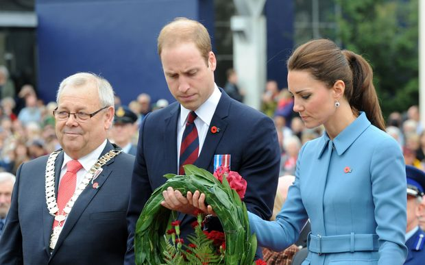 The Duke and Duchess of Cambridge lay a wreath at Seymour Square in Blenheim, accompanied by Marlborough Mayor Alistair Sowman.