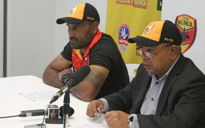 PNG Kumuls coach Michael Marum and PNGRFL CEO Reatau Rau.