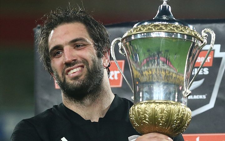 Sam Whitelock and the Dave Gallaher trophy.