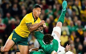 Wallabies fullback Israel Folau clashes with Ireland captain Peter O'Mahony