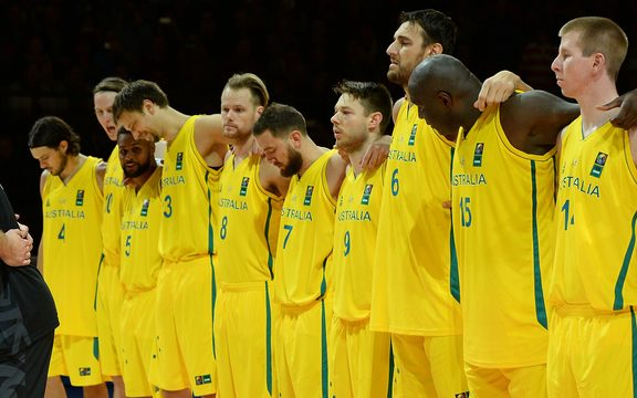 The Australian Boomers have been involved in an ugly brawl during a World Cup qualifier against the Phillipines.