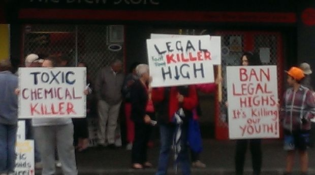 Legal high protestors outside the Brew Store in Whangarei.