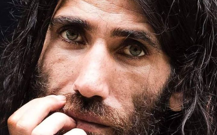 Behrouz Boochani: Refugee Who Wrote Book Using WhatsApp Wins Top Prize