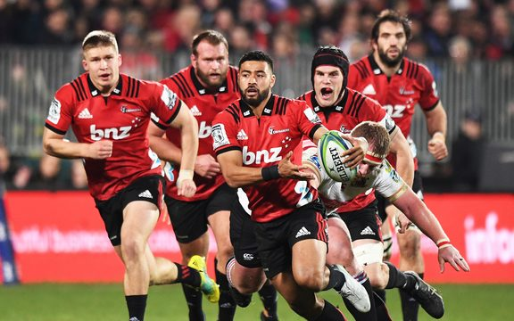 Richie Mo'unga leads a Crusaders charge.