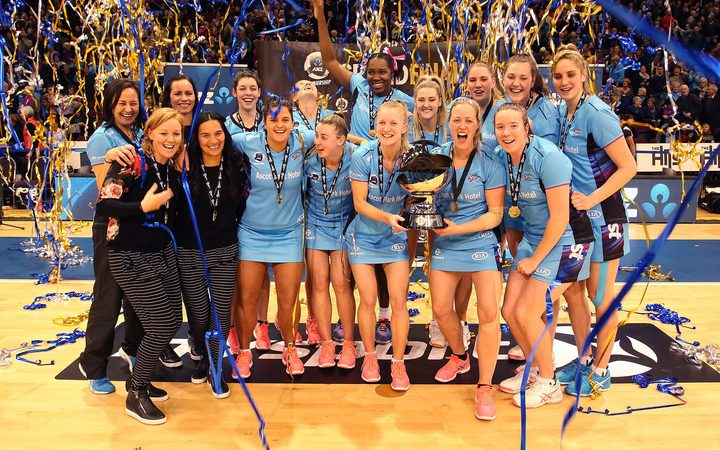 Southern Steel celebrating victory at the 2017 ANZ Premiership Final